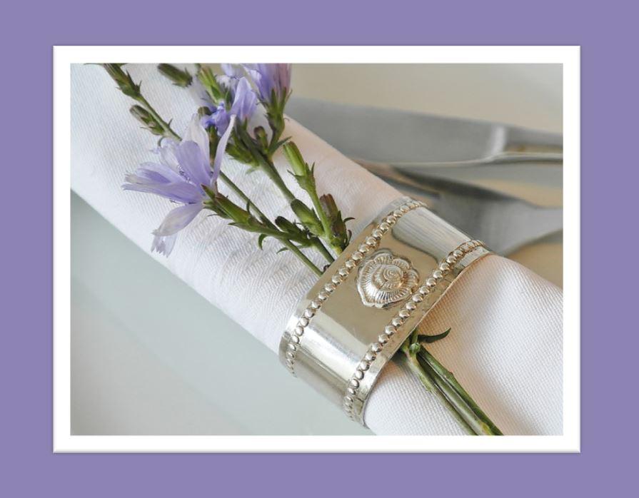 flower napkin.JPG