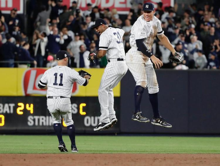 twins-yankees-baseball-23645.jpg