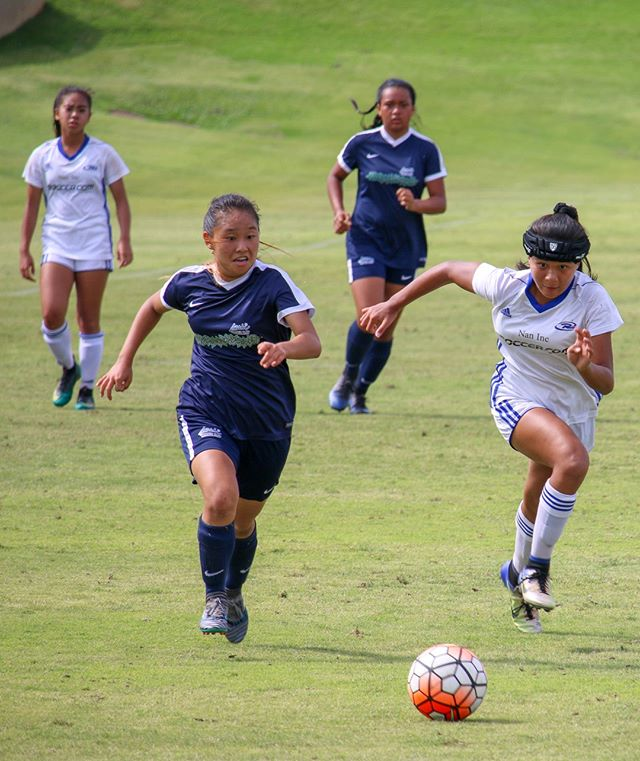 @hawaii_rush '04G Defender, Amber Jayde Somera (white jersey on right) at the  2018 #HawaiiStateCup!  Amber's State Cup performance earned her invite and spot to compete in the #OahuPDP Showcase—Hosted by @misosoccer. • Check out the full rosters via #LinkInBio! • #pdp #hawaiipdp #hawaiisoccer #hawaiiansoccer #playerdevelopment #soccer #fútbol #futbol #hawaiianfootball #hawaiianfútbol #hawaiianfutbol #topplayer #topplayers #toptalent #hardwork #hardworkbeatstalent #heart #heartovertalent #heartovereverything #eliteplayer #eliteplayers #playersfirst #usclubsoccer #uscshawaii #ussoccer #nationalteam