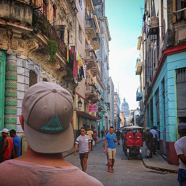@drifting_journals enjoying Havana . . . . . . . . . . . .  #travel #driftingjournals #Cuba #Havana #explorethehills #streetwear #supportindependent #independent #clothing