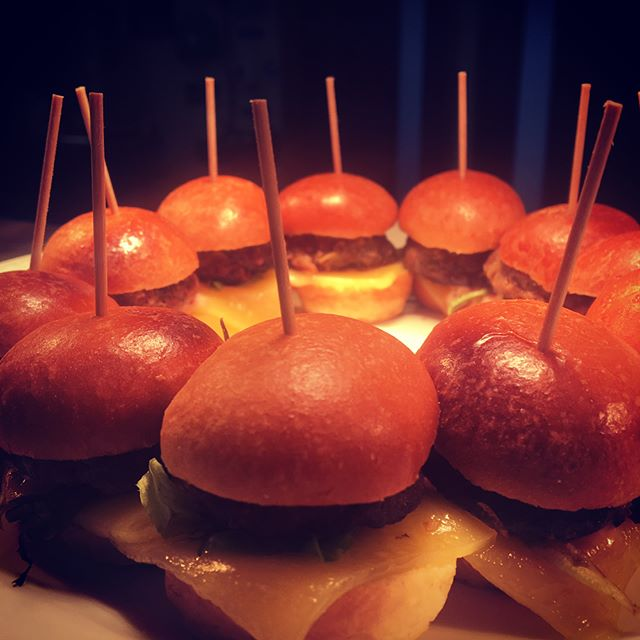 Service! Spicy lamb sliders #canapés #weddings #weddingfood #cilantrocatering #events #chef #cheflife