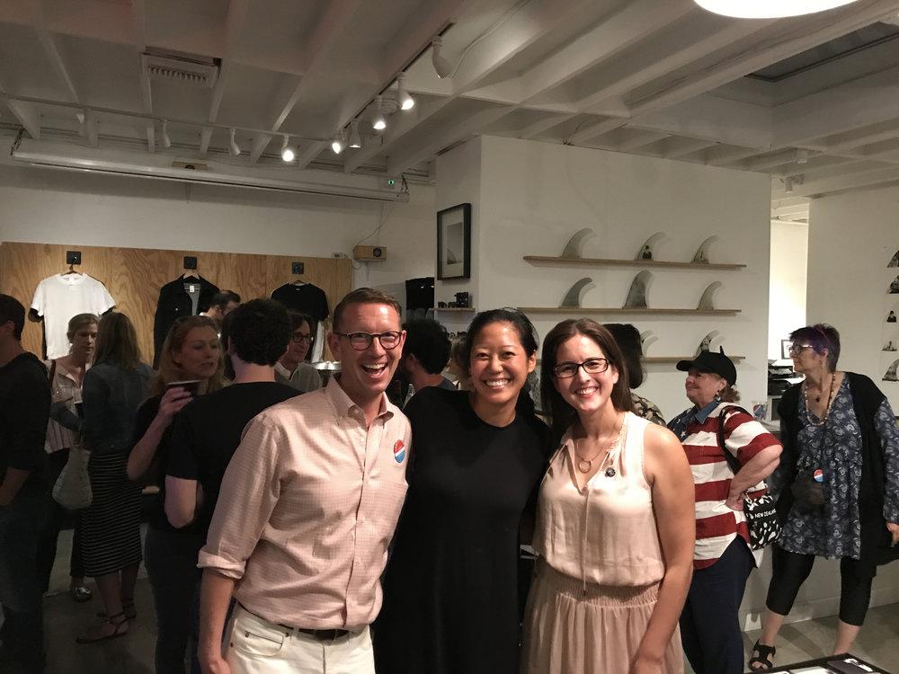 Los Angeles volunteers host a fundraiser
