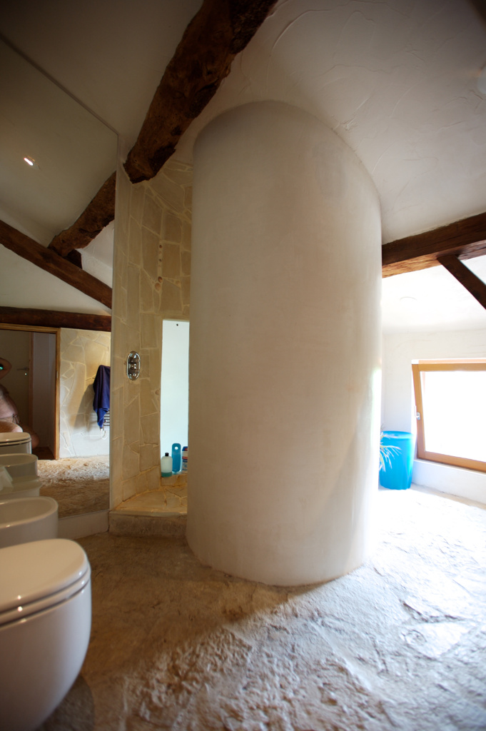 The upstairs bathroom with it's snail shower