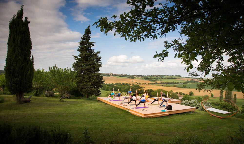 Yoga-Gruppe (2).jpg