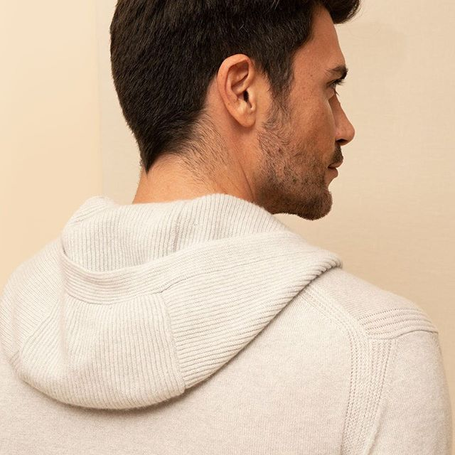 Comfort, style, luxury athleisure are some the defining characteristics of the Paris hoodie. A 100% cashmere hoodie with our signature rib detail, making it a staple of our debut collection. #madeinitaly