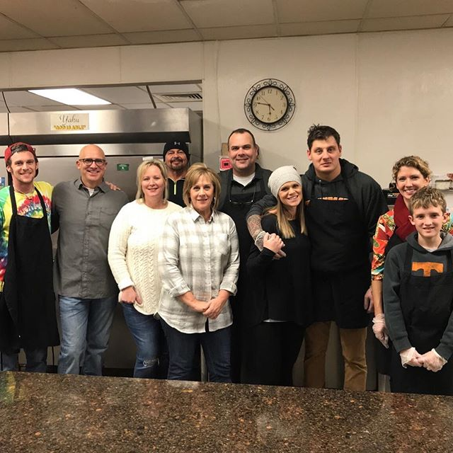 The Live Kindly family serving meals at the Knox Area Rescue Ministries KARM @KnoxMission.  Volunteering as a family rocks. #familyties #volunteer #serveothers #bekind #family https://www.livekindly.com