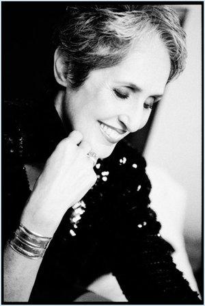 Joan Baez - B&W.jpg