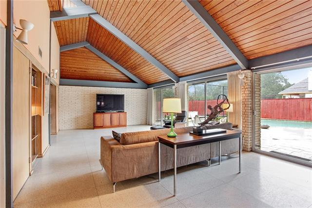 508 Green Acres Rd. - Located near St. Martins, this architect-designed 1961 home is painstakingly maintained and virtually all original. This vaulted paneled ceiling is present in several rooms.