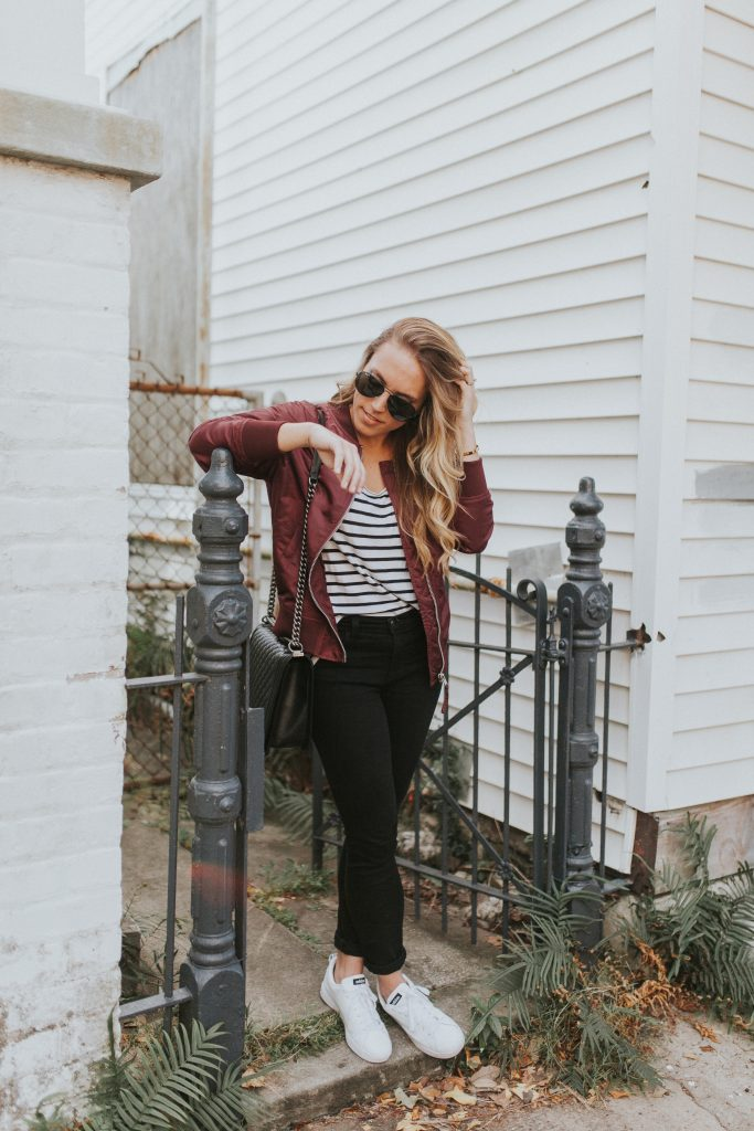 Blogger-Gracefully-Taylored-in-Urban-Outfitters-Bomber-Jacket23-683x1024.jpg