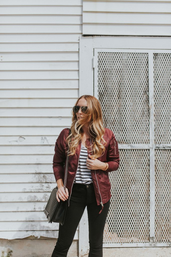 Blogger-Gracefully-Taylored-in-Urban-Outfitters-Bomber-Jacket1-683x1024.jpg