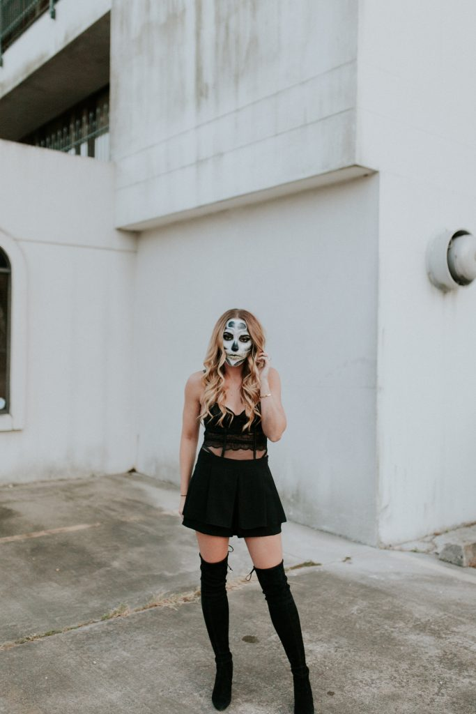 Blogger-Gracefully-Taylored-Halloween18-683x1024.jpg