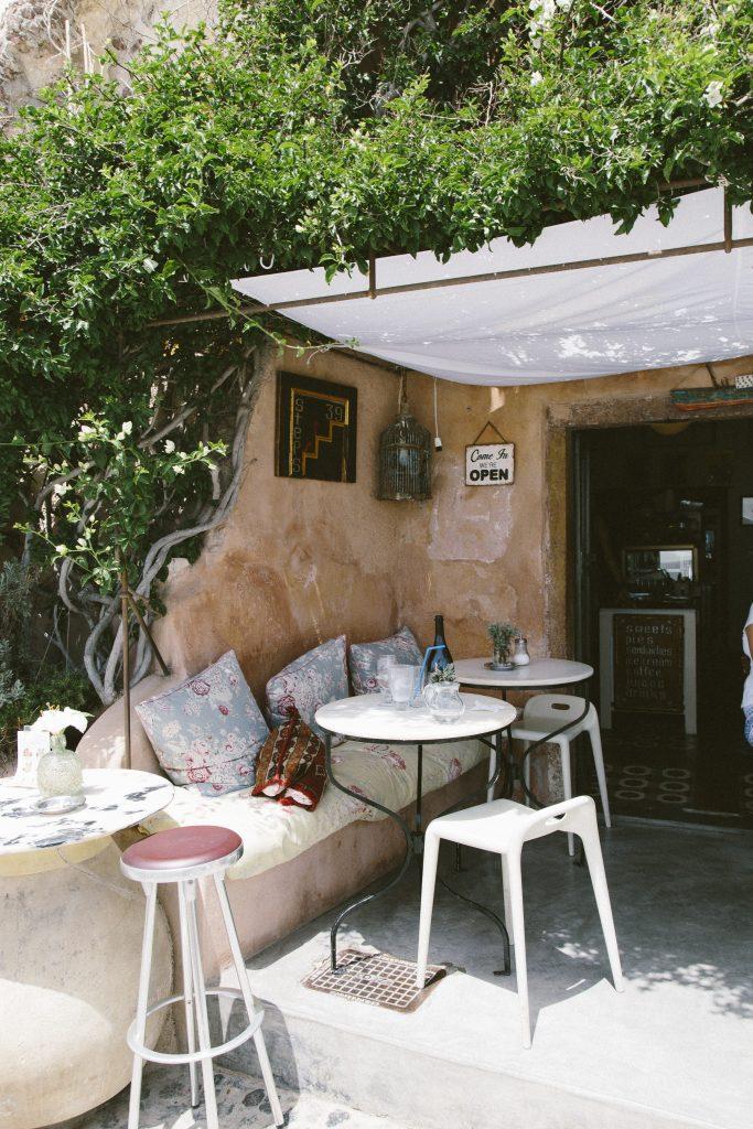 Santoriniset24-683x1024.jpg