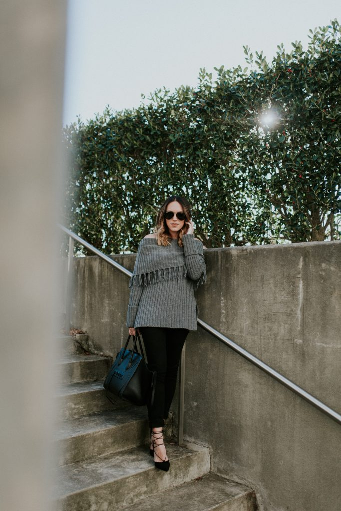 Blogger-Gracefully-Taylored-in-Last-Call-Sweater28-683x1024.jpg
