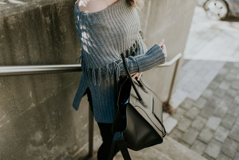 Blogger-Gracefully-Taylored-in-Last-Call-Sweater21-1024x683.jpg