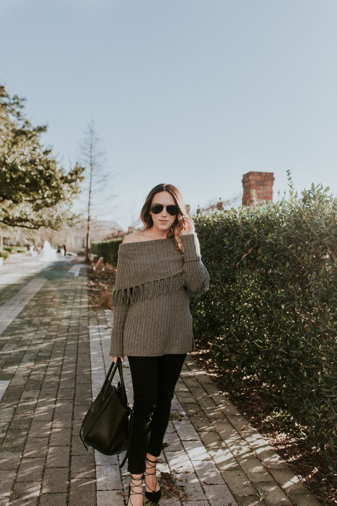 Blogger-Gracefully-Taylored-in-Last-Call-Sweater-683x1024.jpg