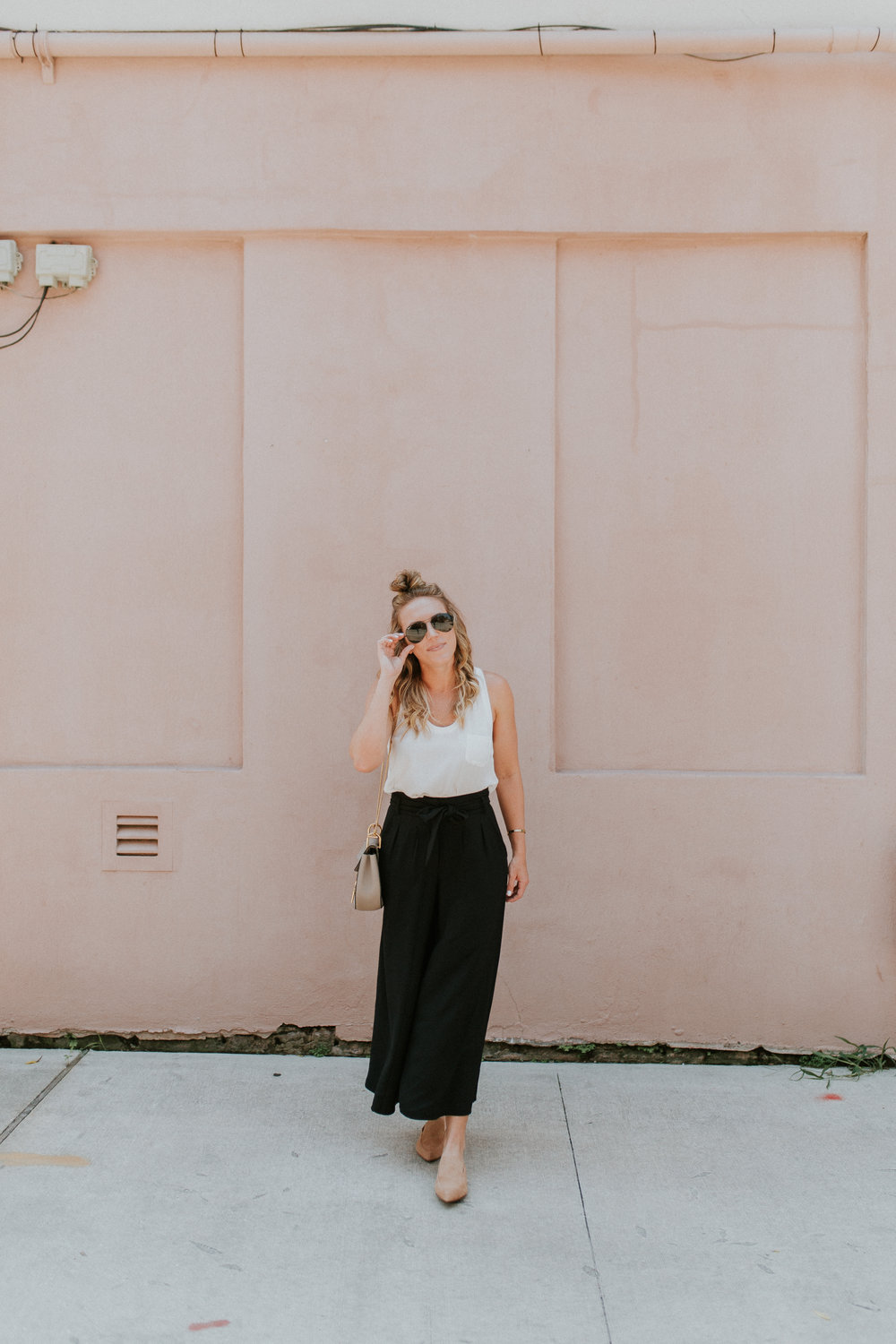 Blogger Gracefully Taylored in Nordstrom Culotte Pants(2).jpg