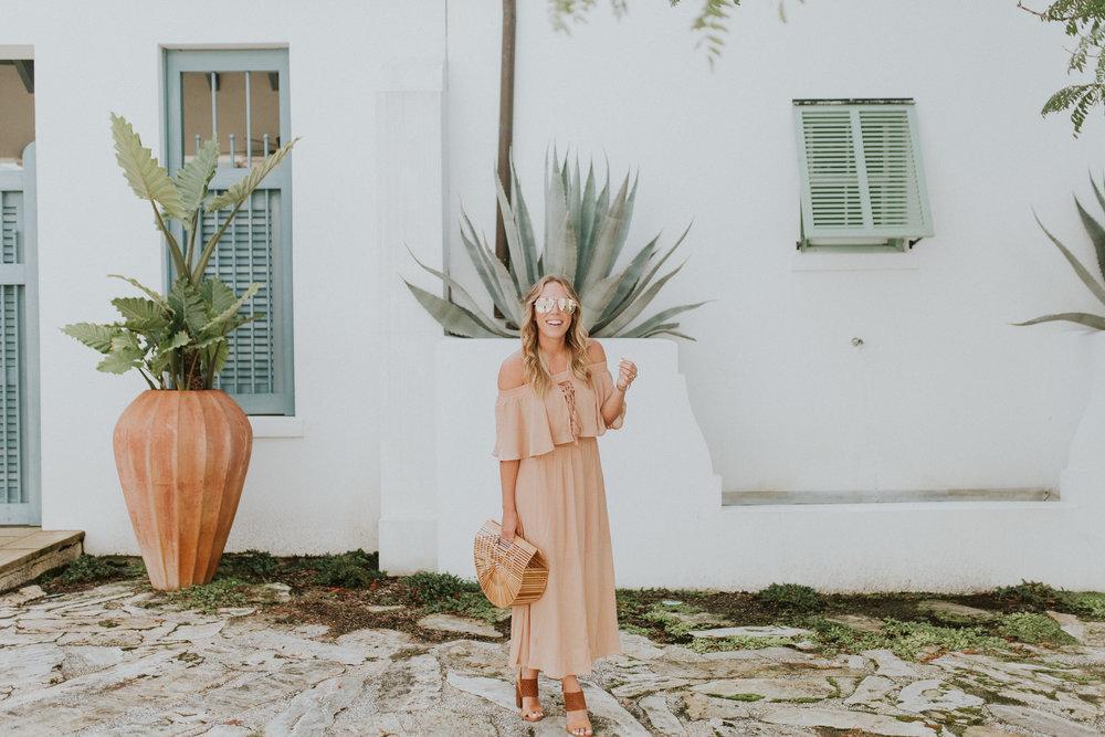 Blogger Gracefully Taylored in Somedays Lovin' Dress(5).jpg