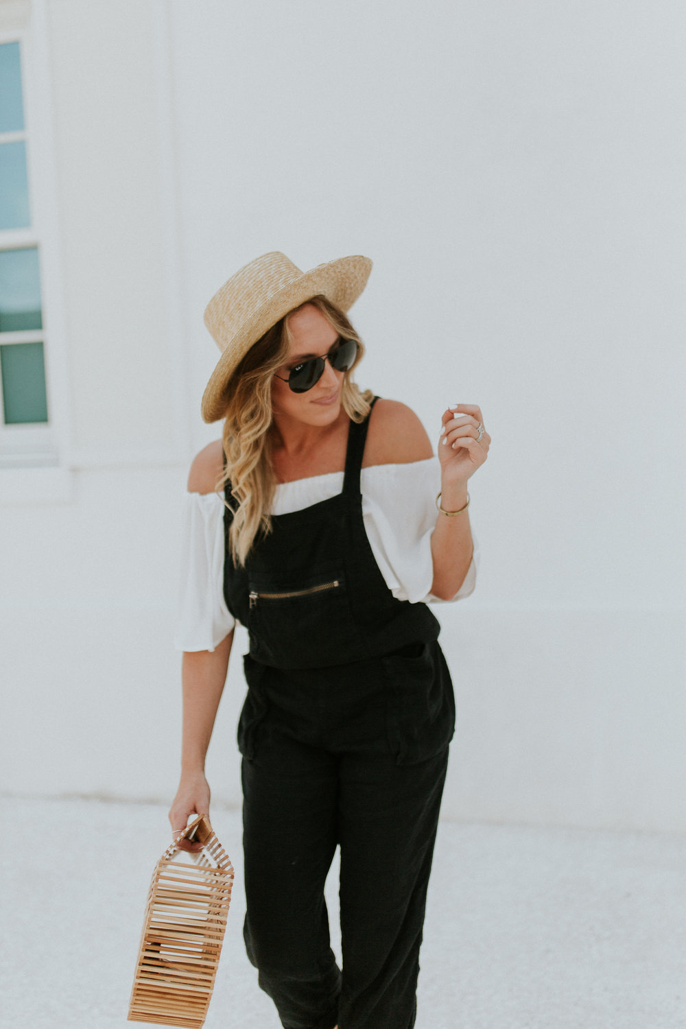 Blogger Gracefully Taylored in Free People Overalls(9).jpg