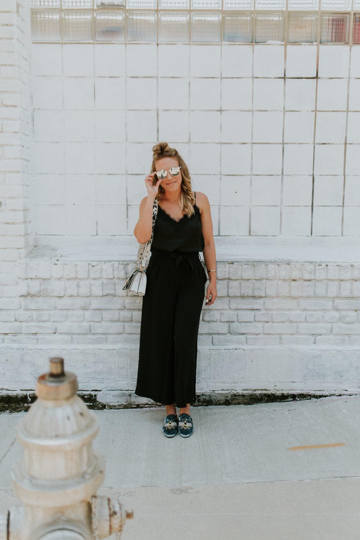 Blogger Gracefully Taylored in Nordstrom Culottes and Steve Madden Slides(10).jpg