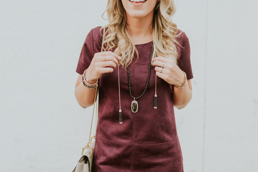 Blogger Gracefully Taylored with Kendra Scott(10).jpg