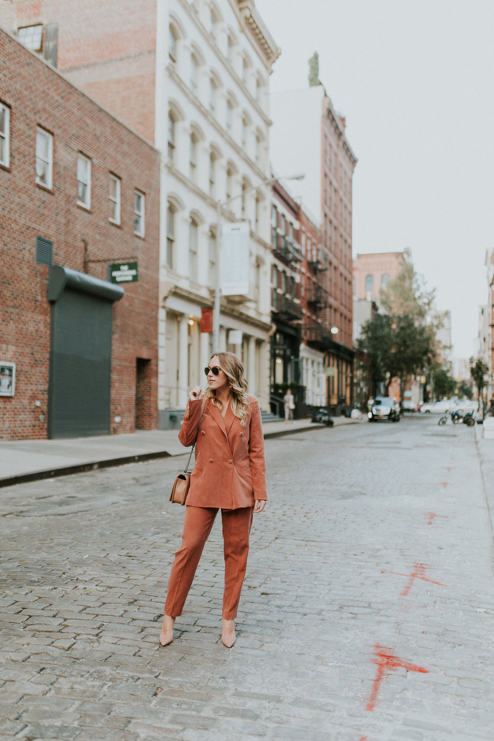 Blogger Gracefully Taylored in Mango Suit(1).jpg