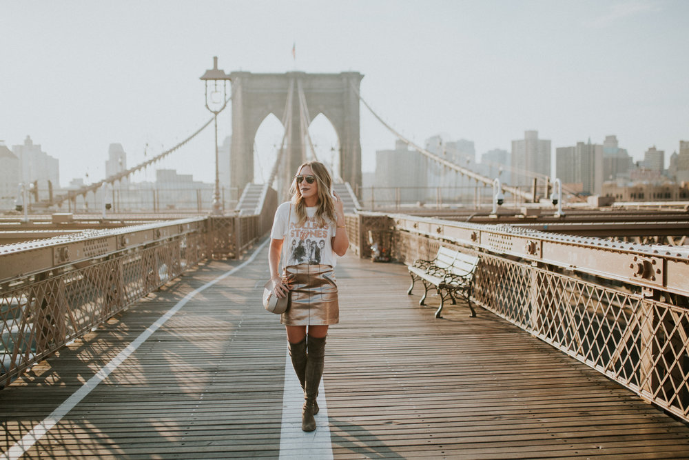 Blogger Gracefully Taylored in DayDreamer Tee, BlankNYC Skirt and Stuart Weitzman Boots4).jpg