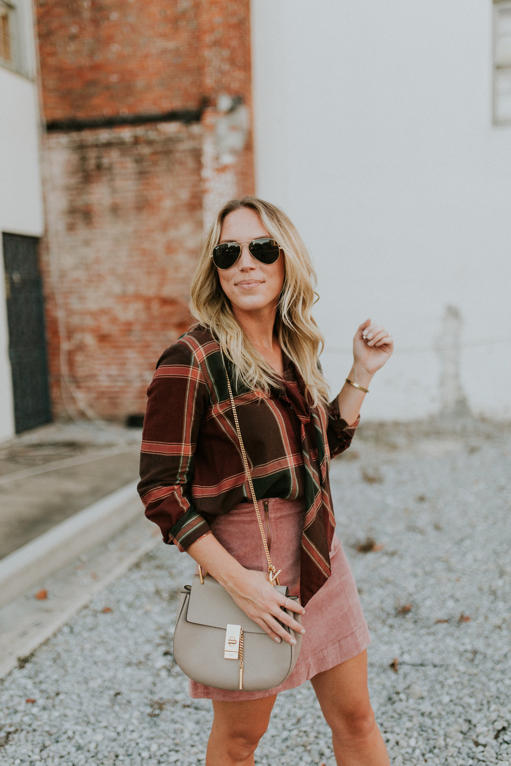 Blogger Gracefully Taylored in Plaid Madewell(8).jpg