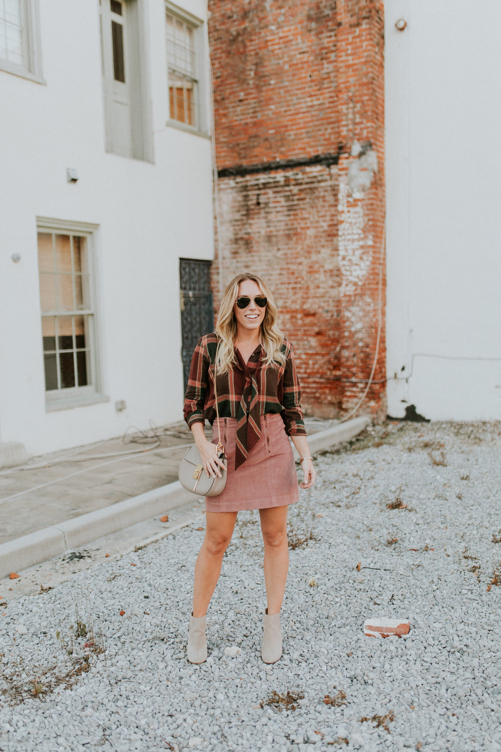 Blogger Gracefully Taylored in Plaid Madewell(7).jpg