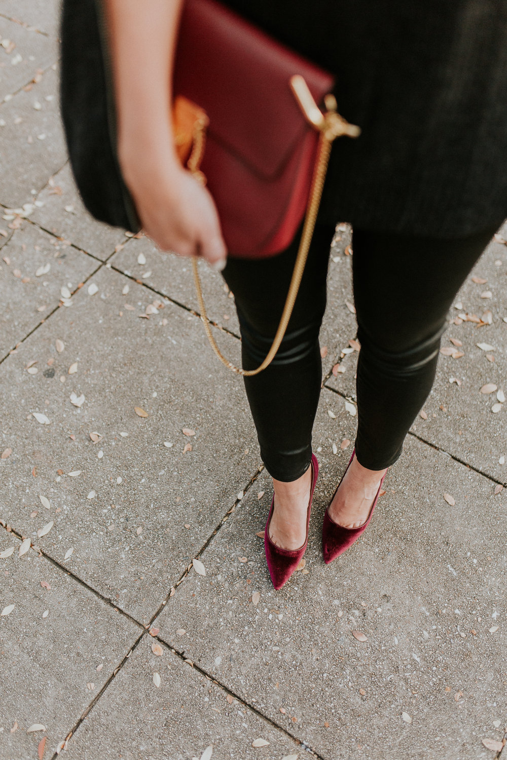 Blogger Gracefully Taylored in Autumn Cashmere Cape and Dee Keller Shoes(13).jpg