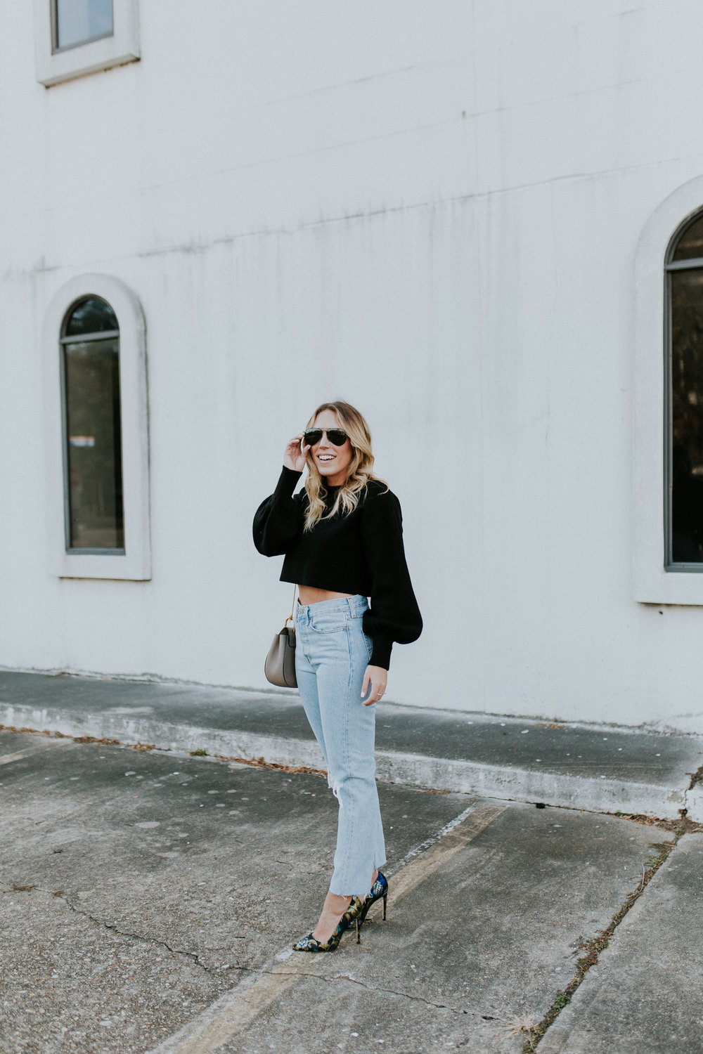 Blogger Gracefully Taylored in Levis and Dee Keller Heels(9).jpg