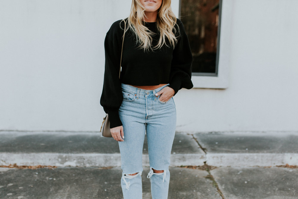 Blogger Gracefully Taylored in Levis and Dee Keller Heels(2).jpg