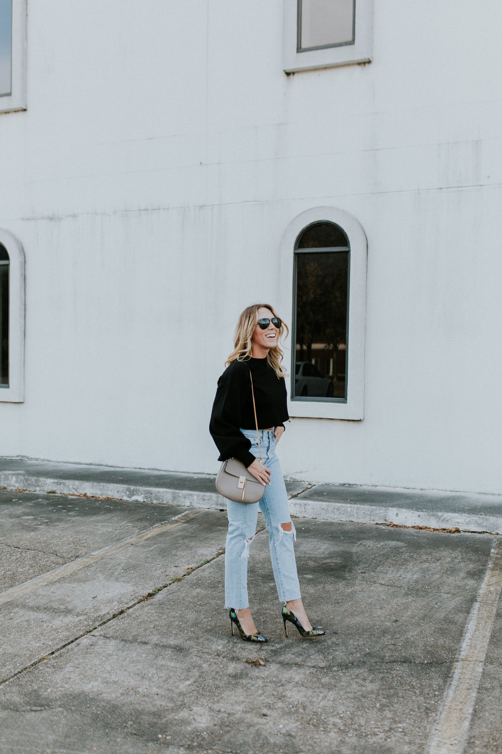 Blogger Gracefully Taylored in Levis and Dee Keller Heels(12).jpg