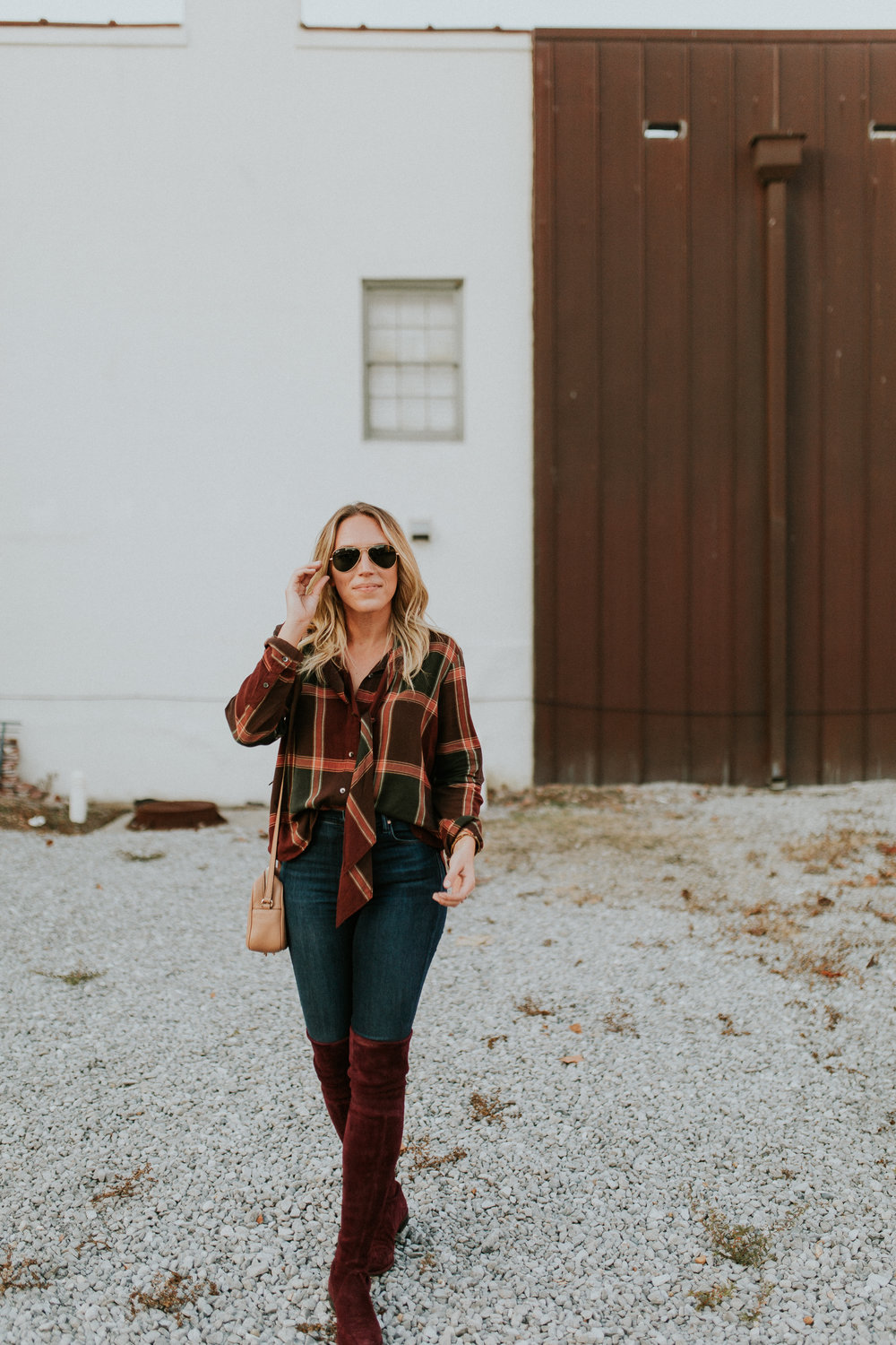 Blogger Gracefully Taylored in Madewell Shirt and Stuart Weitzman Boots12).jpg