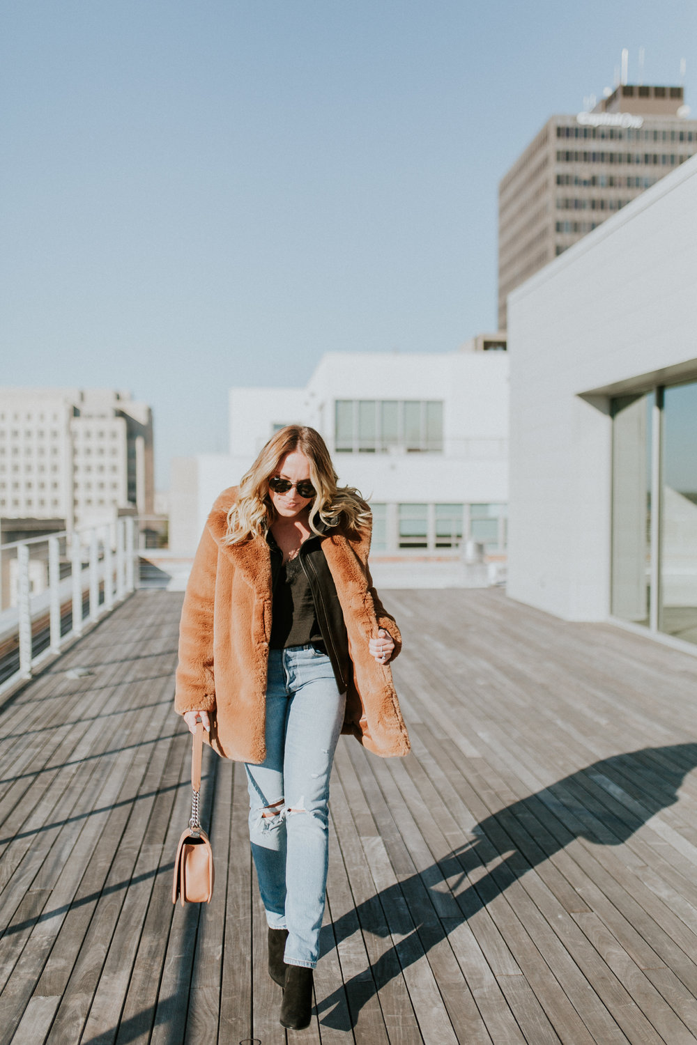 Blogger Gracefully Taylored in Zara Coat and Levis(2).jpg