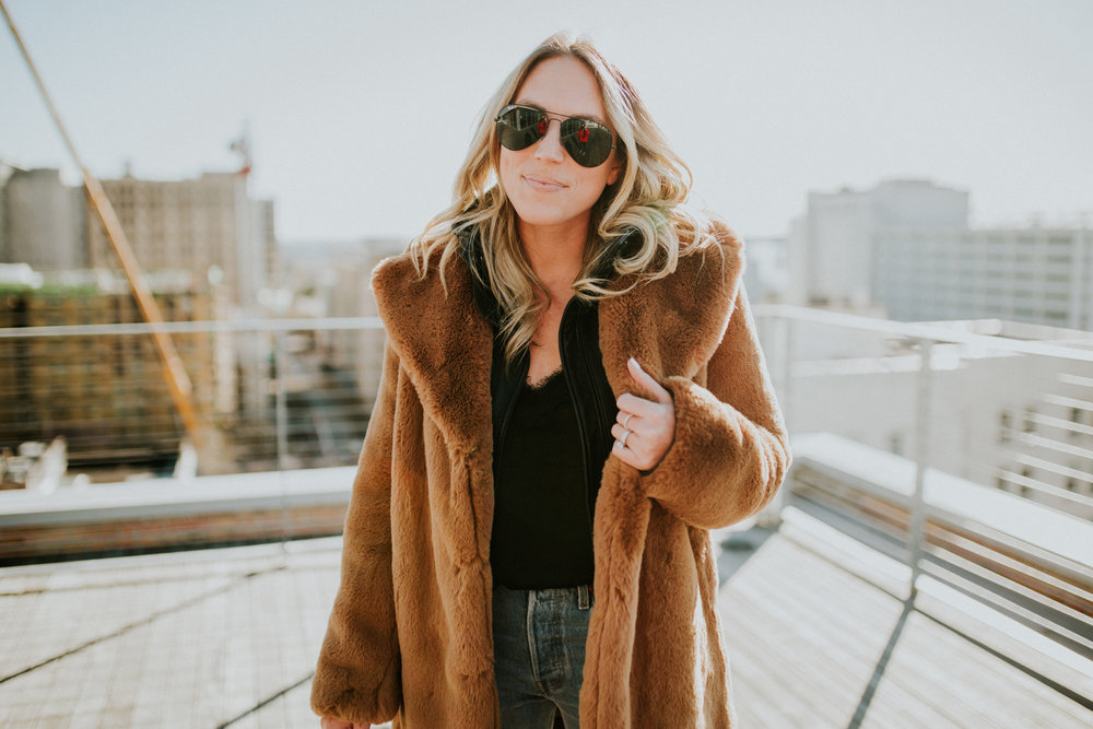 Blogger Gracefully Taylored in Zara Coat and Levis(17).jpg