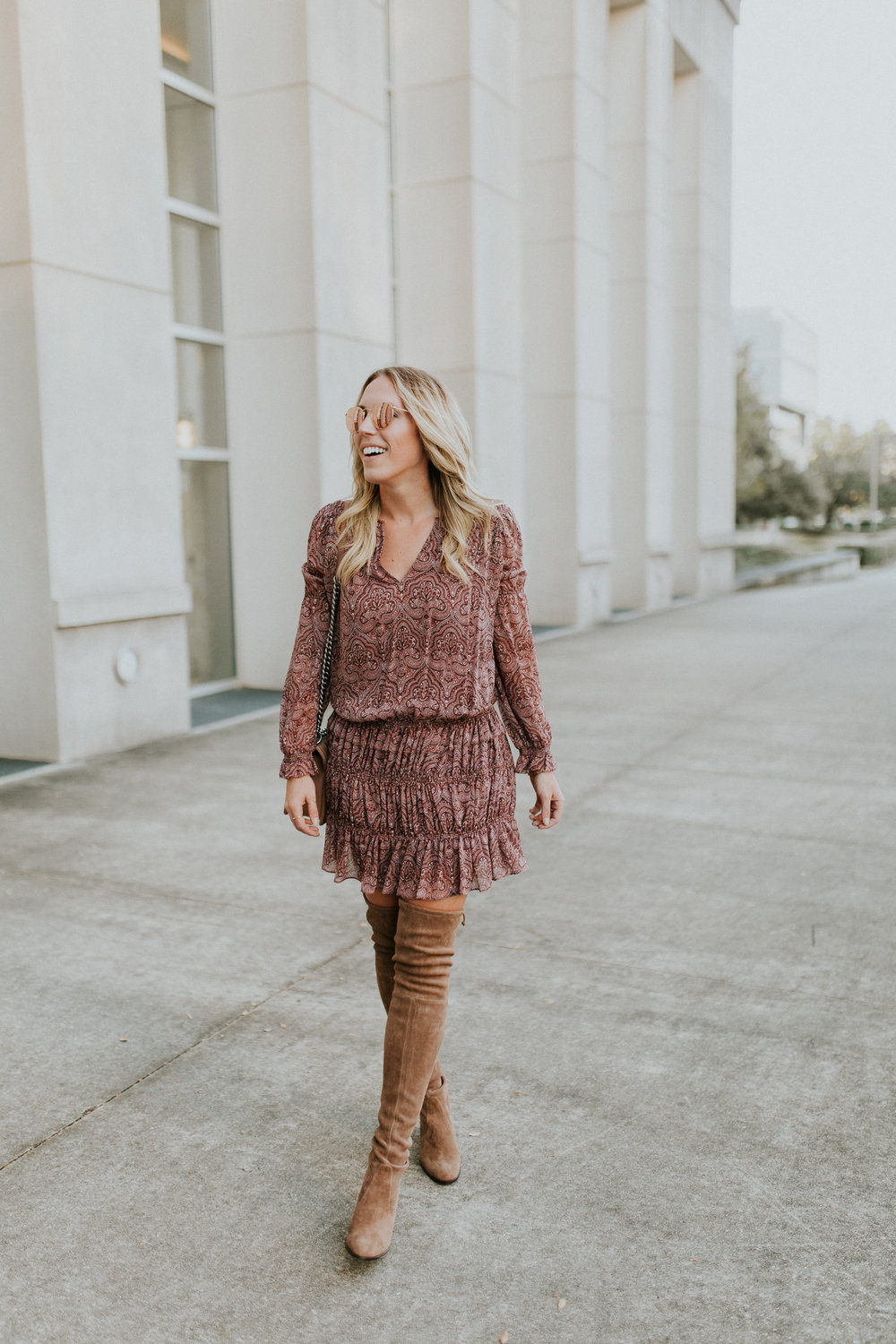 Blogger Gracefully Taylored in Joie Dress and Stuart Weitzman Boots(9).jpg