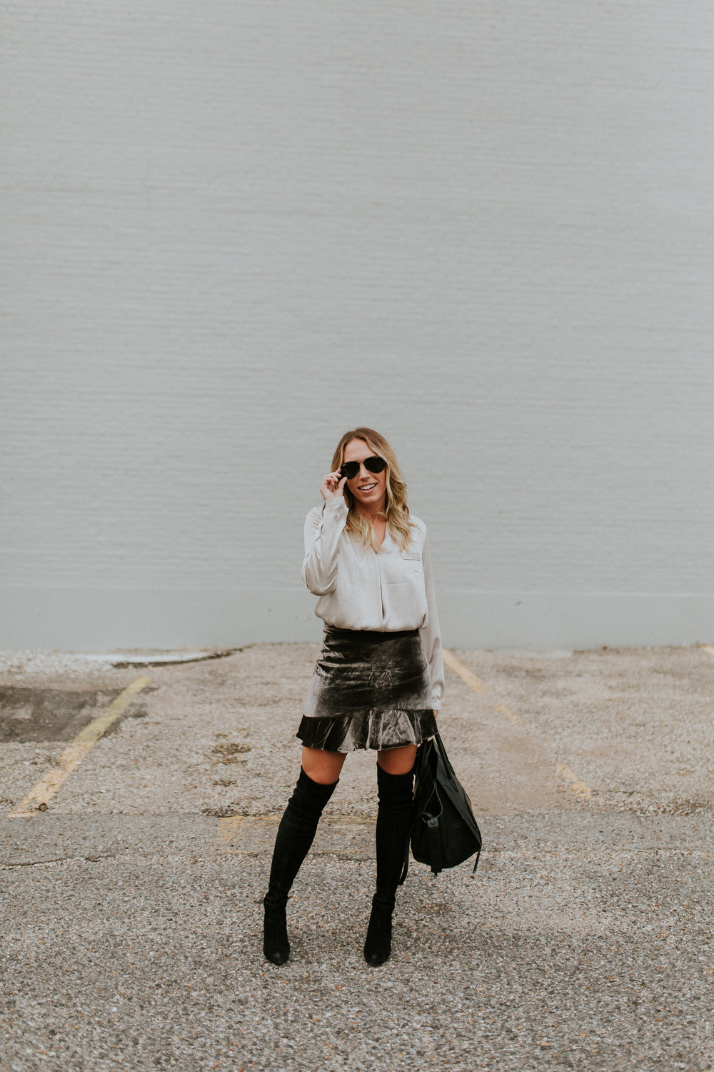 Blogger Gracefully Taylored in Madewell Skirt and Stuart Weitzman Boots(13).jpg