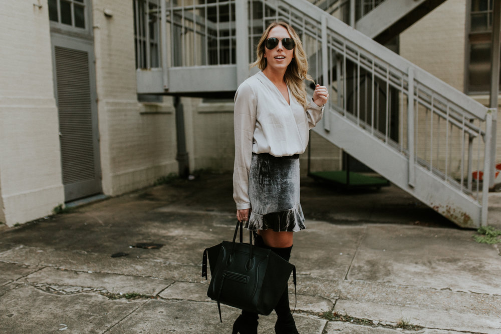 Blogger Gracefully Taylored in Madewell Skirt and Stuart Weitzman Boots(10).jpg