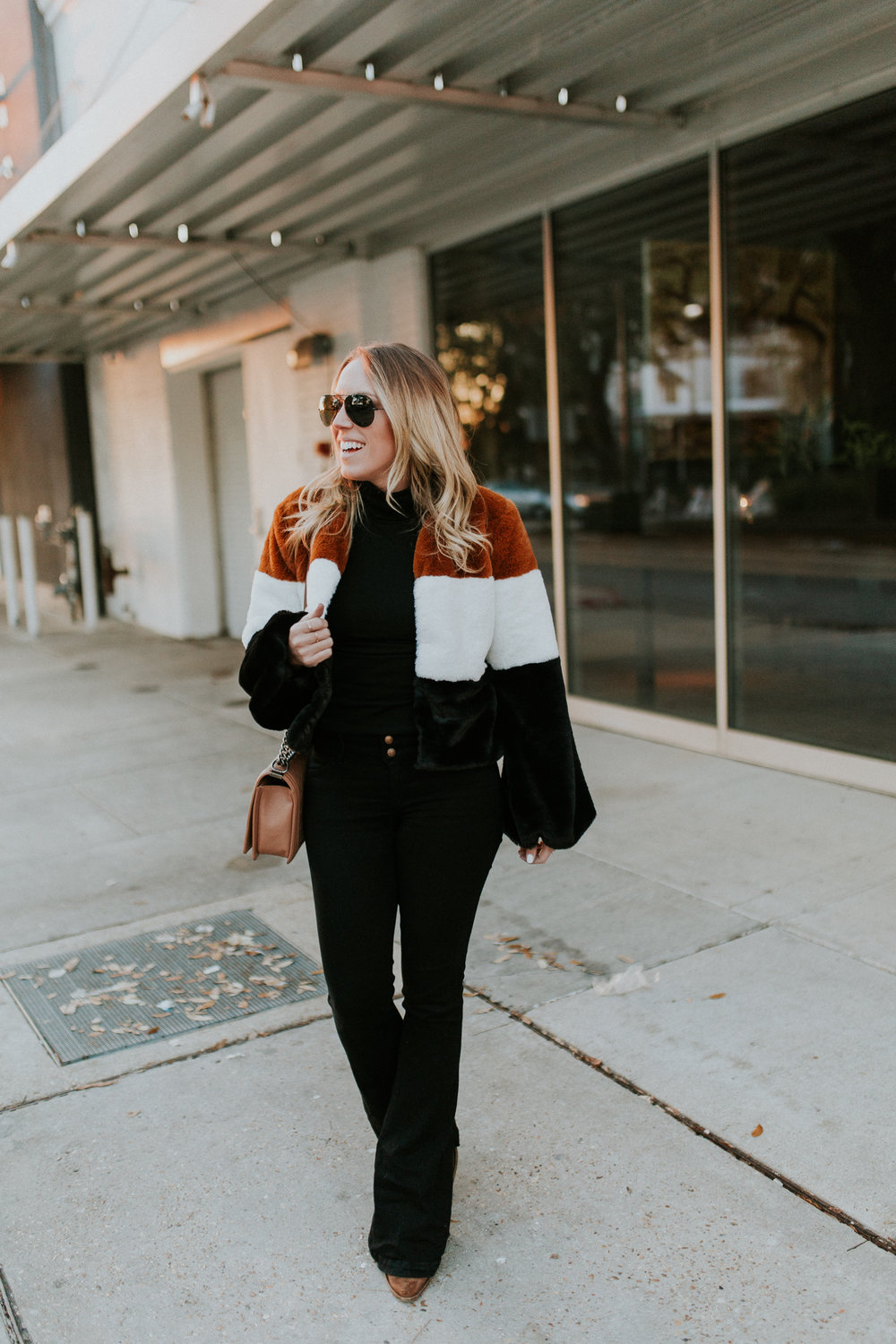 Blogger Gracefully Taylored in Forever 21 Faux Fur Jacket(6).jpg