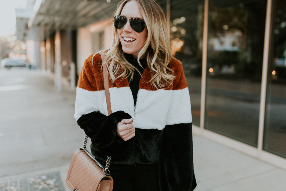 Blogger Gracefully Taylored in Forever 21 Faux Fur Jacket(15).jpg