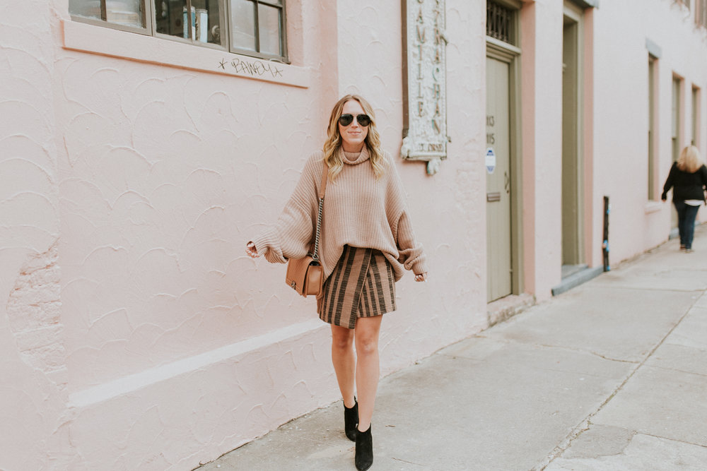 Blogger Gracefully Taylored in Free People Sweater & Skirt(19).jpg