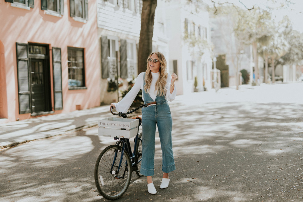 Blogger Gracefully Taylored in Free People Overalls(3).jpg