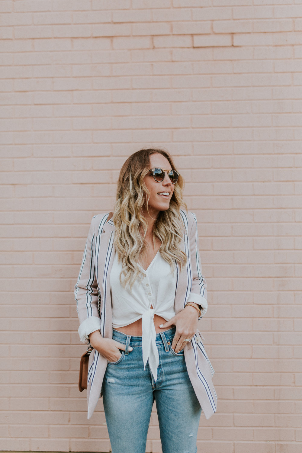 Blogger Gracefully Taylored in Free People Blazer & Levis(19).jpg