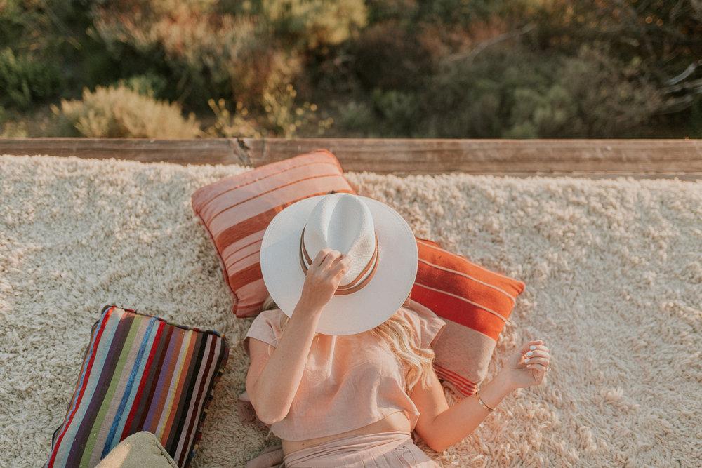 Blogger Gracefully Taylored at Malibu Airbnb(9).jpg