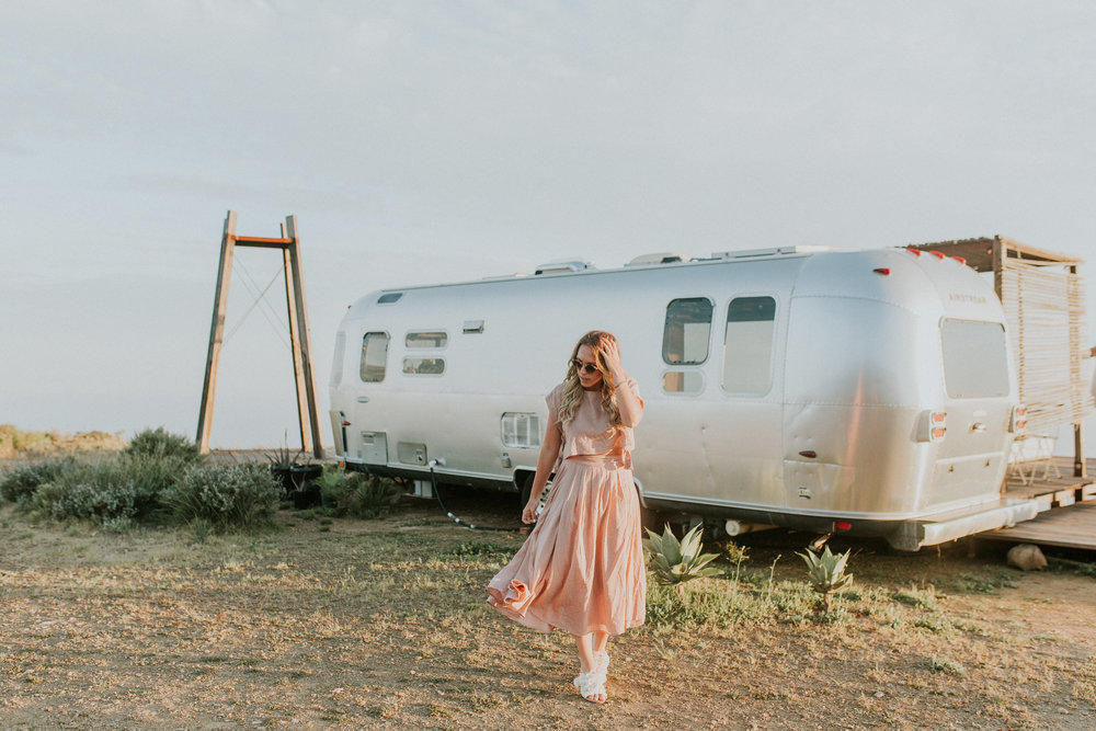 Blogger Gracefully Taylored at Malibu Airbnb(8).jpg