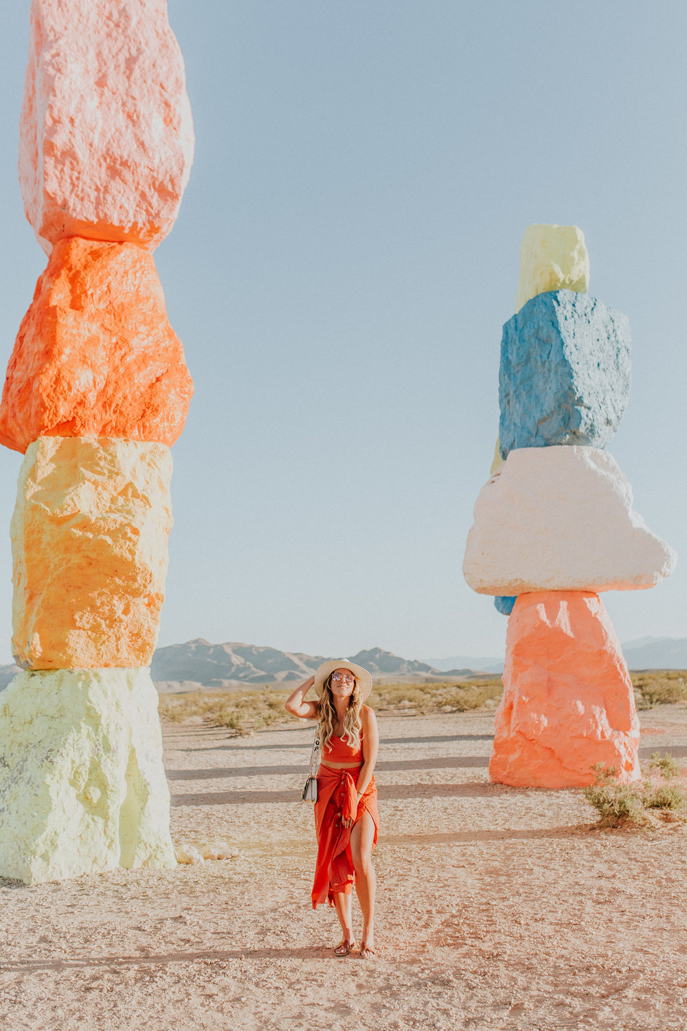 Blogger Gracefully Taylored in Free People at Seven Magic Mountains(29).jpg