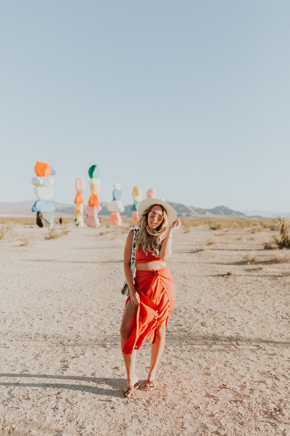 Blogger Gracefully Taylored in Free People at Seven Magic Mountains(2).jpg