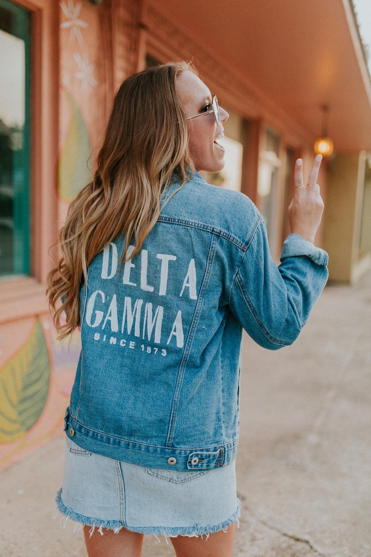 Blogger Gracefully Taylored Delta Gamma(19).jpg