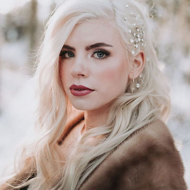 The cold never bothered me anyway 💁🏼♀️❄️ . I could say that the Frozen lines will stop here, but I'd be lying. . Photo by @AshleyHayesPhotography Hair Styling and Vision @CrownsofGoldStyling  Model @Taylorvandyken  Airbrush Makeup by me! . . . #BellinghamMakeupArtist #LyndenMakeupArtist #BellinghamBride #FerndaleBride #AirbrushMakeup #BridalMakeup #Mtbaker #PNWbride #winterbride #classicbridalmakeup #Tahoebride #leavenworthwedding