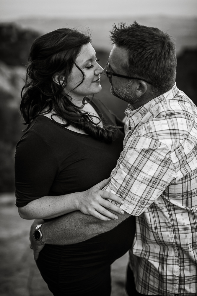Santa_Barbara_Maternity_Photographer10.jpg